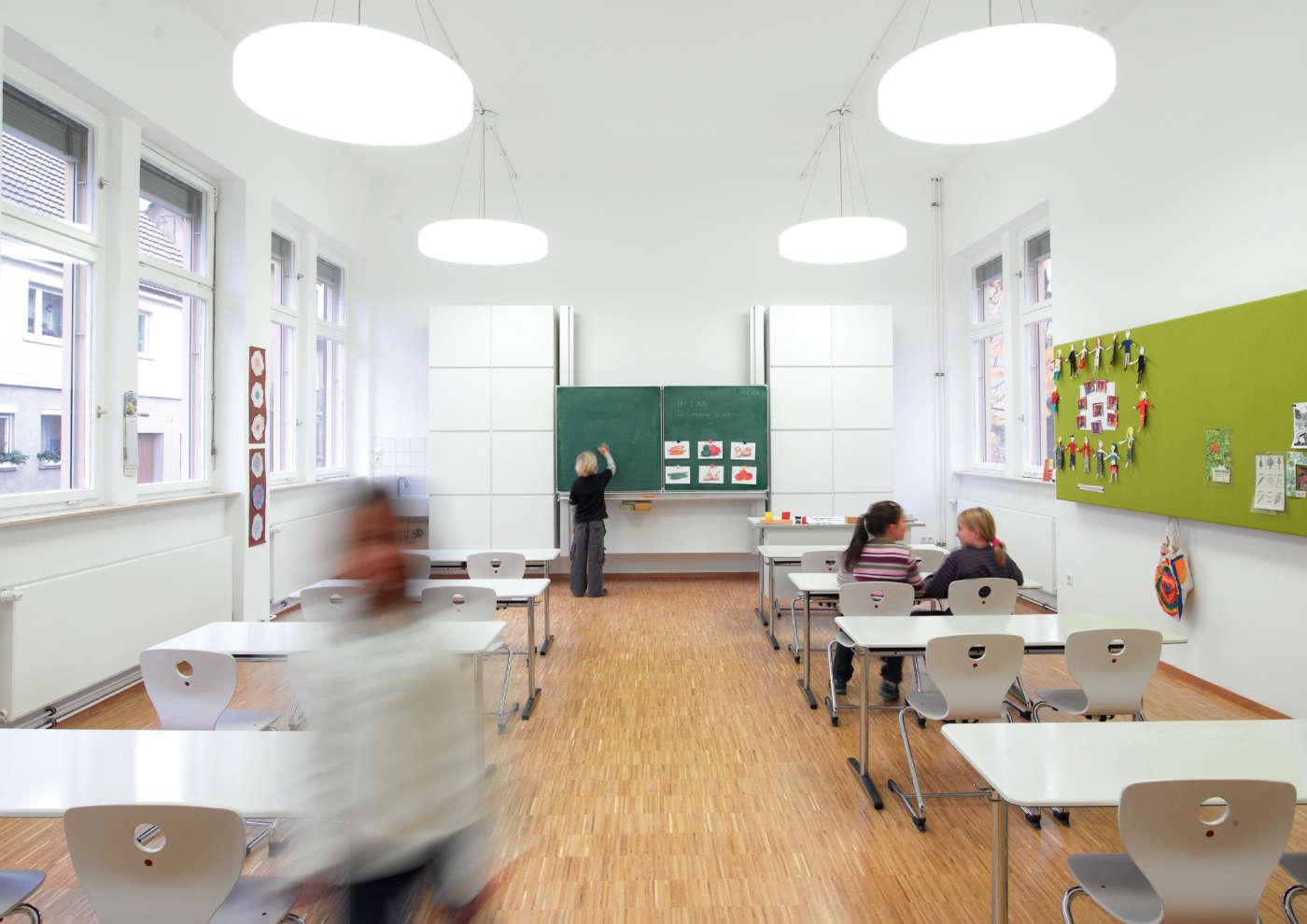 9cea183876a Nutikas Kool kooli- ja kontorimööbel - Kool