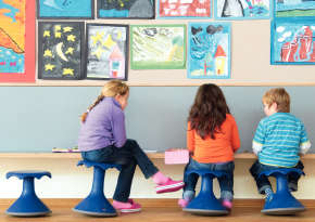 First choice with the kids: the colorful active Hokki stool.