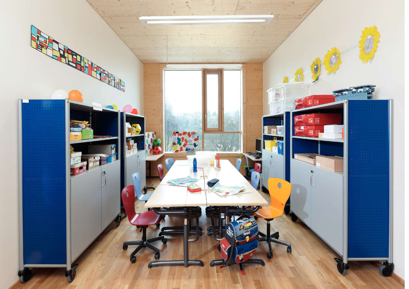 Interior Designers Working Conditions vs | school furniture for the school living space
